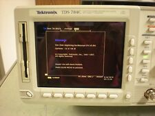 Tektronix TDS 784C Color Four Channel Digitizing 1GHz Oscilloscope - 13,1F,1M,2F