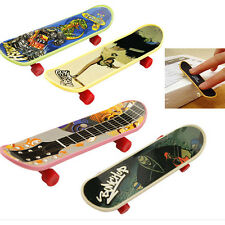 2PCS Mini Finger Board Skateboard Novelty Kids Boys Girls Toy Gift for Party JG2