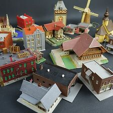 Lot of 18 Vintage Plastic N Scale Buildings & Structures Made in Germany Lot 10