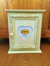 Shabby Chic Cream Wooden Beaded Key Box Keys Storage Holder Stand