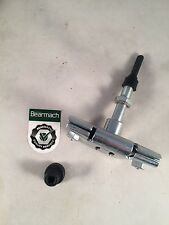 Bearmach Land Rover 90 110 130 Windscreen Wiper Arm Wheel Box & Spindle BR0586