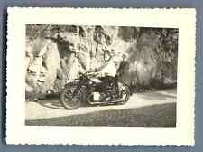 Belgique, Lustin, Rive droite  Vintage silver print. Lustin est une section de l