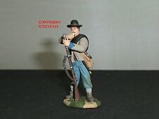 BRITAINS 31027 CONFEDERATE INFANTRY STANDING LOADING METAL TOY SOLDIER FIGURE