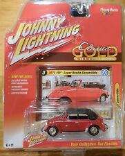 2016 Johnny Lightning Classic Gold Series 1975 VW Super Beetle Convertible Red