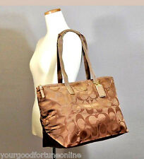 NWT Coach XL Brit Tan Tote Overnight Nylon Packable Weekend 77316 Duffle Travel