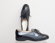 Salvatore Ferragamo womens oxfords shoes flat black leather w patent size 7 N