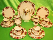 SERVIZIO THE' CAFFE' 22PEZZI ROYAL ALBERT OLD COUNTRY ROSES ENGLAND (386)