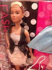 BRAND NEW 2015 BARBIE FASHIONISTAS # 44 LEATHER & RUFFLES GIFT SET MINT TALL