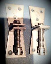Schrankschraube oben 4x Eisen Schrank Seiten Kronen Verbindung Restaurierung
