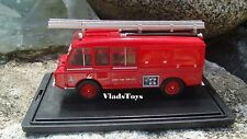 Oxford 1/76 Land Rover FT6 Carmichael British Army Fire Service 76LRC004