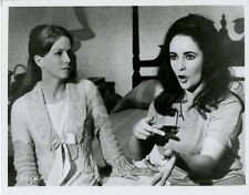 LIZ TAYLOR JULIE HARRIS REFLECTIONS IN A GOLDEN EYE 1967 VINTAGE PHOTO #4