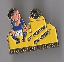 pin's football / ligue du centre, le foot! un jeu!