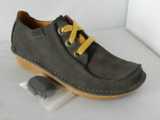 Women's Clarks Funny Dream Rounded toe Lace-up Shoes in Grey