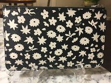 NWT COACH BLACK & WHITE GRAPHIC FLORAL PRINT Small Phone Wristlet 57936