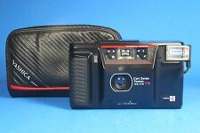Yashica T AF 35mm Film Camera F3.5 35mm Carl Zeiss Tessar Lens & case FOR REPAIR
