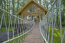 TREE HOUSE HOLIDAY SIMILAR TO CENTERPARCS NEAR THE LAKES / WINDEREMERE