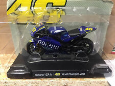 "DIE CAST "" YAMAHA YZR-M1 WORLD CHAMPION - 2004  "" VALENTINO ROSSI 1/18"