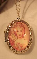 Lovely Daisy Accented Peach 1920's Beauty Cameo Locket Goldtone Pendant Necklace