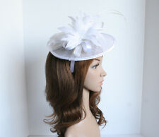 New Church Derby Bridal Wedding Sinamay Feather Fascinator Cocktail Off-Whit 307