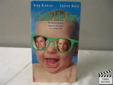 A Smile Like Yours VHS Greg Kinnear, Lauren Holly, Joan Cusack; Keith Samples