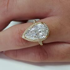 3.50 Carat Pear Shape 18K Yellow Gold Diamonds Halo Ring I SI2  For Engagement