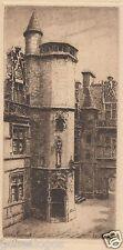 VINTAGE GRAVURE de CLUNY en FRANCE signée LUCY GARNOT ANNEE 1920 a