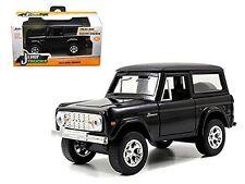 JADA 1:32 W/B JUST TRUCKS - 1973 FORD BRONCO Diecast Car