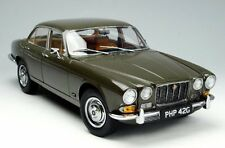 JAGUAR XJ6 2.8 SERIES 1 1971 SEDAN GREEN  LIMITED EDITION  1/18