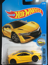 1:64 2017 Hot Wheels | '17 Acura NSX (Yellow)