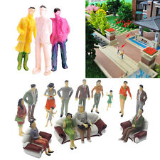 1x Scale 1:87 ABS Painted People / Seated Passenger Random Model Figures Decals