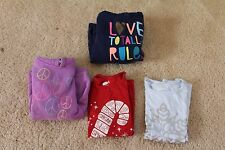 Lot of 4 pieces girls 2 Christmas shirts 2 hooded size 6/6X Circo s(5-6) crazy 8
