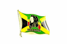 COOL RETRO JAMICAN FLAG BOB MARLEY PEACE GOLD BADGE/ PIN BRAND NEW UNIQUE (A19)