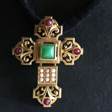 Stunning Vintage Elizabeth Taylor for Avon SMALL Katharina Cross Pendant/Pin