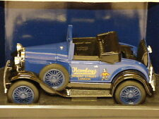 Liberty Classics LC9200 Ford Model A Convertible 1933 Hamley's Coin Bank