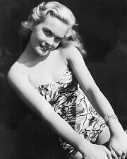 """Shirley Eaton Carry On Films 10"""" x 8"""" Photograph no 19"""