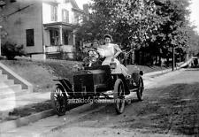 Photo. ca 1906. Ford Automobile - Girls
