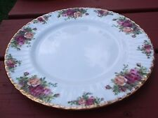 Royal Albert Old Country Roses Made England Dinner Plate 10 1/2 Inch Wide