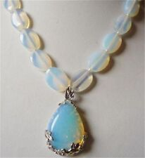 13x18mm White Egg Moonstone Beads & Teardrop-shaped Pendant Necklace 18""
