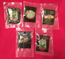 Lot/ Set of 5 Olympic Pin Badge~Looney Tunes~1996 Atlanta~NEW on CARD~20 yr old!