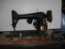 Vintage 1941 Heavy Duty Singer 66 Sewing Machine #AF852815 Powers On & Spins+acc