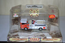 1:64 Code 3 Firehouse Expo pumper fire emergency vehicle 2000
