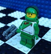 Lego City Town Classic Space GREEN & WHITE SPACEMAN Man 60097 Minifig Minifigure