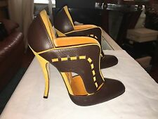 Manolo Blahnik Booties 40! New W/ Defects - Sample. 5 Inch Curved Heel! Rare!