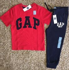 Baby Gap Boy 4T 4 YRS Logo Red Navy Blue Short Sleeve Shirt Pants Outfit