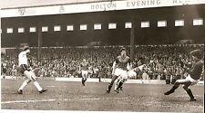 Original Press Photo Bolton Wanderers v Gillingham 9.4.1984 (3)