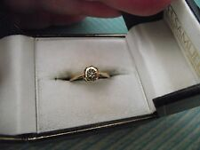 Vintage 9ct Yellow Gold & Diamond Solitaire Engagement / Dress Ring -  Size M