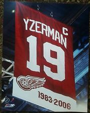 Steve Yzerman Detroit Red Wings  8x10 with Retirerment Night Banner