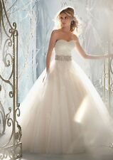 Sweetheart Organza A Line Crystal Belt White Wedding Dress