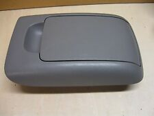 06 TOYOTA SIENNA XLE CENTER CONSOLE LID/ARM REST