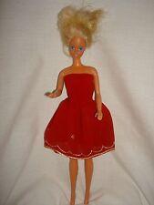 Rosso oro fatto a mano abito senza spalline. Fit Barbie/Sindy
